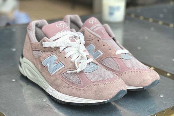 新百伦 x KITH 全新联名 990v2 鞋款再迎新配色,视感出众
