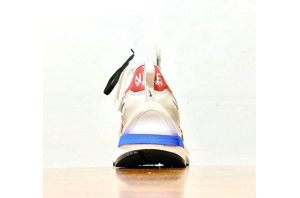 Sacai x 耐克联名 Vaporwaffle 米白蓝鞋款实物预览,冲突感吸睛