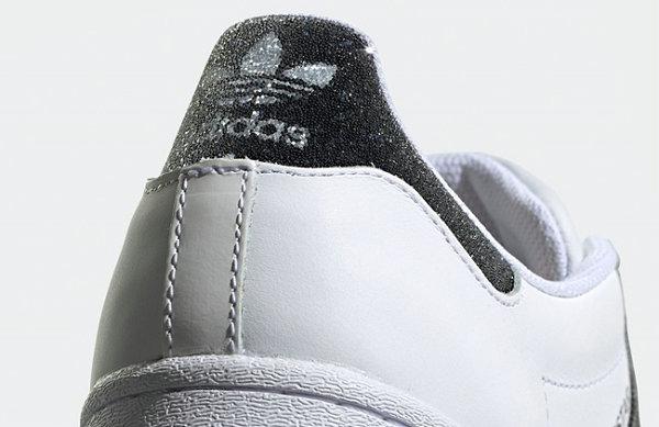 阿迪达斯 x Swarovski 全新联名奢华水晶版鞋款释出