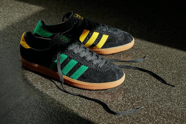 阿迪达斯三叶草全新 Padiham 鞋款低调来袭,不对称设计
