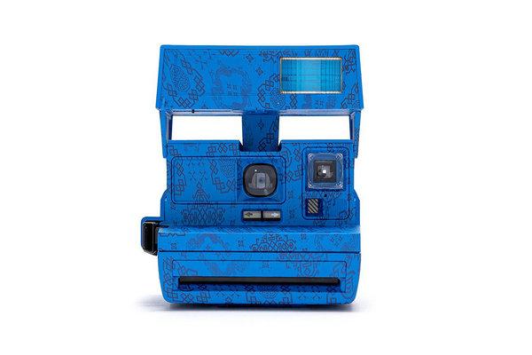 CLOT x Polaroid 全新联名「丝绸」拍立得相机0.jpg
