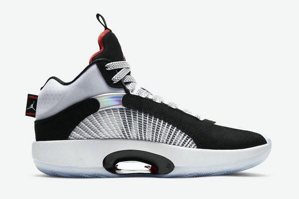 "AJ 35 鞋款全新""DNA""主题配色释出,黑白色调~"
