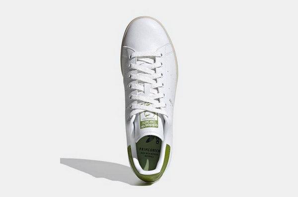 "Adidas x《星球大战》全新联名 Stan Smith""Yoda""鞋款发布"