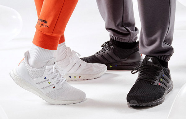 Adidas x 施华洛世奇情人节联名别注鞋款系列亮相~