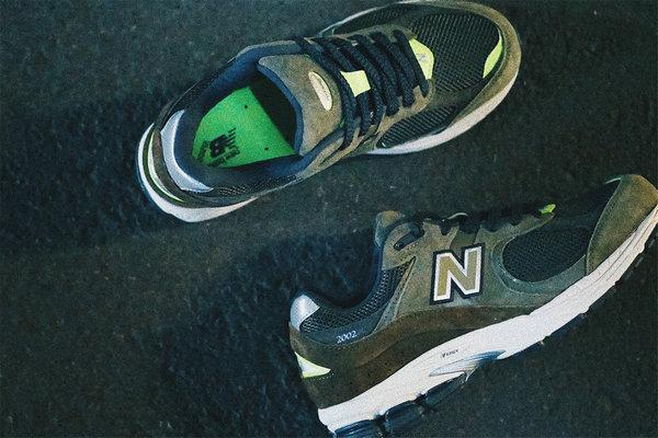 新百伦 x BILLY'S 全新联名 2002R 鞋款上架发售