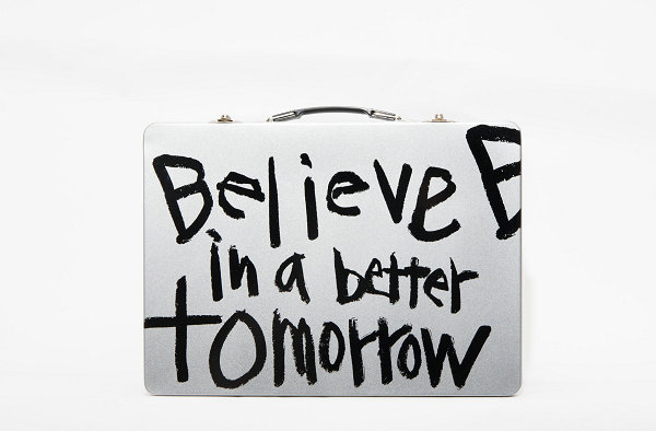 "CDG 全新""BELIEVE IN A BETTER TOMORROW""胶囊系列来袭~"